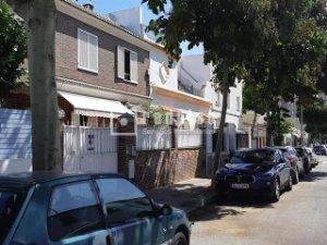 Casas Y Pisos Con Terraza En Barriada España San Pedro