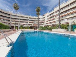 Long-term rentals, Playa La Venus, Marbella, Spain: houses