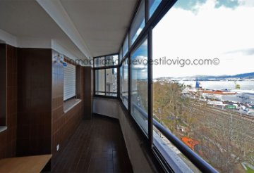 Property for sale in Vigo, Pontevedra, Spain: houses and flats