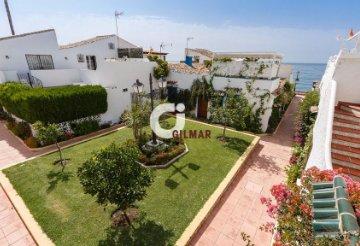 Casas y pisos en Estepona, Málaga — idealista