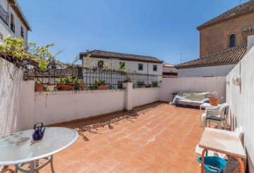 Property for sale in Albaicín, Granada, Spain: houses and flats