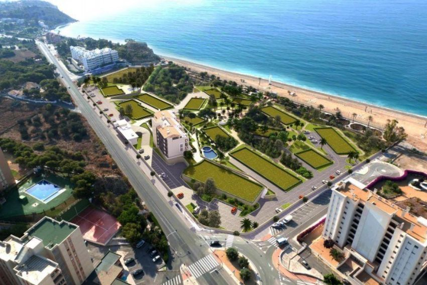NEW COMPLEX WITH SEAVIEWS. NEXT TO THE SEA.